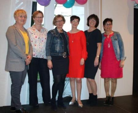v.l. Margret Emke,Annette Nienaber,Andrea Kemna-Tönnies, Annette Jans-Wenstrup, Annette Blömer, Anneliese Möhlmann