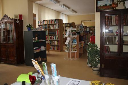 über 18.000 Bücher warten auf einen neuen Besitzer