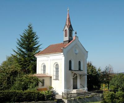 die Kapelle im Ortsteil Mellatz