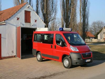 Einsatzfahrzeug MTW der FF Alt Mahlisch
