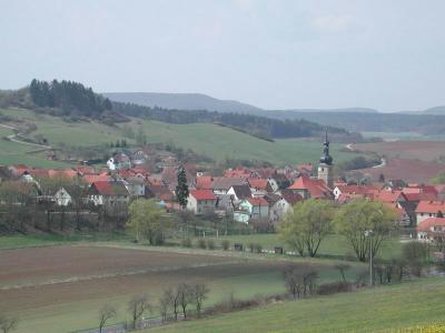 Blick auf Neubrunn von Nordosten