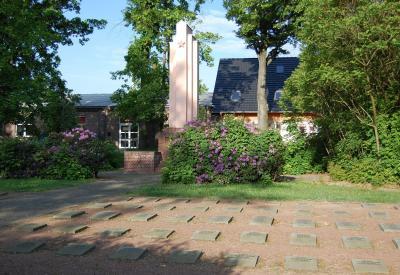 http://fotos.verwaltungsportal.de/mandate/logo/sowj._friedhof.jpg