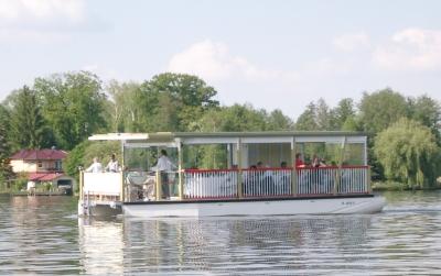 Solar Charterboot