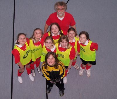 Vorschaubild zur Meldung: Hallenfußball-Kreismeisterschaft der Mädchen