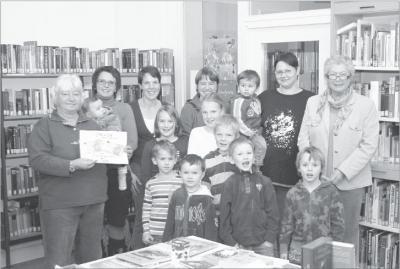 Foto zur Meldung: Gemeindebücherei zeichnet Preisträger aus