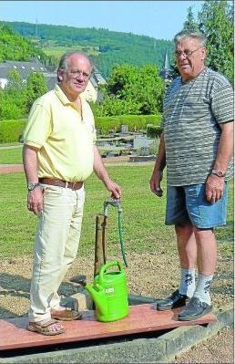 Foto zur Meldung: Wasserversorgung des Friedhofs verbessert