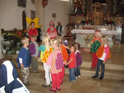 Foto zur Meldung: Wortgottesdienst am Ende des Kindergartenjahres
