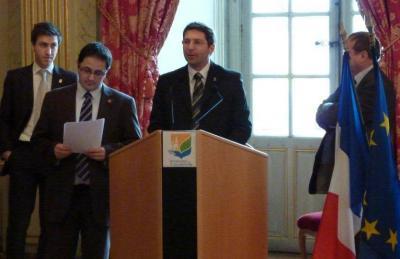 Foto zur Meldung: Städtepartnerschaft mit Châlons-en-Champagne besiegelt