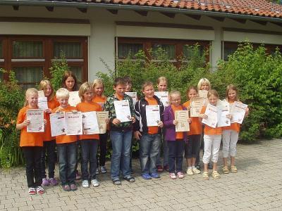 Foto zu Meldung: Die Grundschule ehrte ihre Sieger