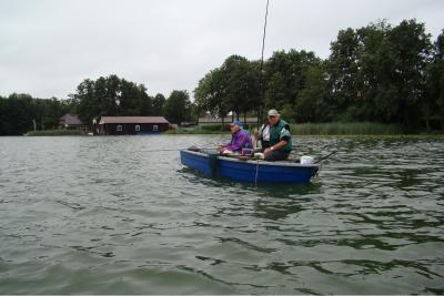 Foto zur Meldung: Die Anglerin weiß, wie man fängt