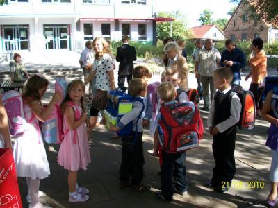 Foto zur Meldung: ABC-Schützen in Schulgemeinschaft aufgenommen