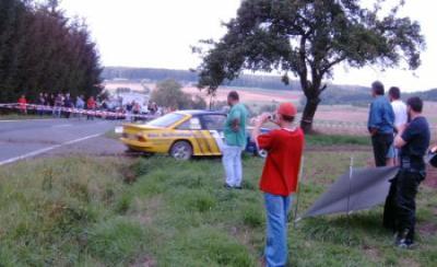 Foto zur Meldung: Einrich Rallye 2004 - Motorsportatmosphäre in Bettendorf