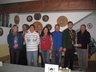 Foto zur Meldung: Der Gemeindepokal bleibt bei den Bergschützen