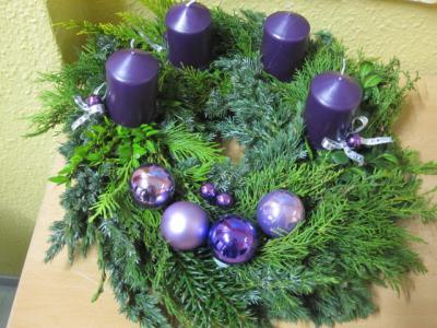 Foto zur Meldung: Weihnachtsbasteln  mit Eltern