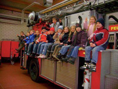 Foto zur Meldung: Ein Unterrichtstag bei der Egelner Feuerwehr