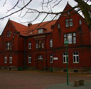 """Vorschaubild zur Meldung: Gemeinde wird im Harz fündig: Grundschule soll """"Globus"""" heißen"""