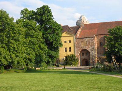 Foto zur Meldung: Forschungsbibliothek auf Burg Ziesar eröffnet