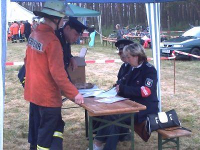 Foto zur Meldung: Quitzöbel beim Amtsfeuerwehrausscheid erfolgreich