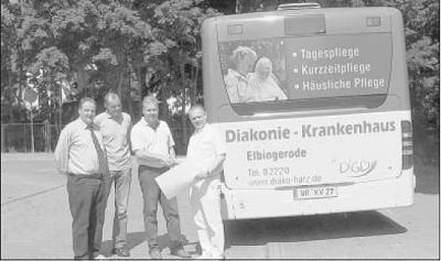 Foto zu Meldung: Rollende Werbung für Elbingeröder Krankenhaus