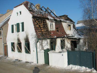 Foto zu Meldung: Hausbrand in Mühlberg Am Hafen 8