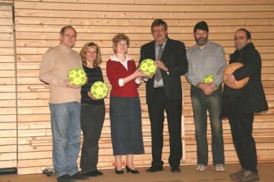 Foto zu Meldung: Klosterfelder Sporthalle für Sportbetrieb frei gegeben