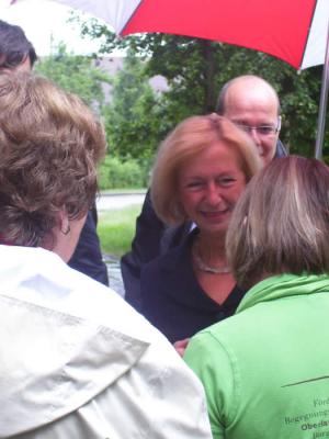 Foto zu Meldung: Stellvertretende Ministerpräsidentin und Kulturministerin Prof. Dr. Johanna Wanka  in Borgisdorf