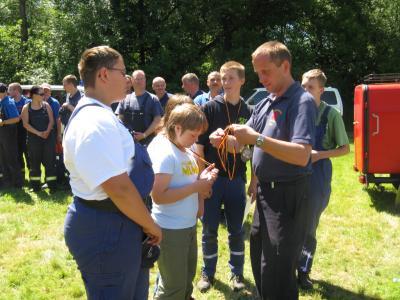 Foto zur Meldung: Fairer Wettkampf der FF Falkenstein/Harz auf der Mühlwiese im OT Ermsleben