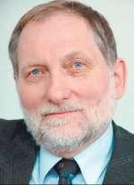 Foto zur Meldung: Gerhard Ruden spricht beim Opfergedenken