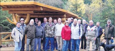 Foto zu Meldung: Harzklub Elbingerode, Forstbetrieb Oberharz, KoBa und Teutloff-Bildungswerk Hand in Hand