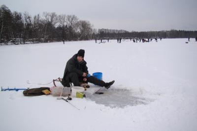Foto zur Meldung: Petri Jünger auf dickem Eis