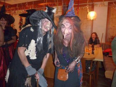 Foto zur Meldung: In Krailing waren die Hexen los – Der Weiberball war mit großem Erfolg gekrönt