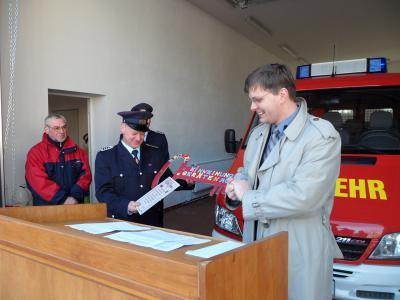 Foto zur Meldung: Einweihung des FF-Gerätehauses der Löschgruppe Nackel/Läsikow