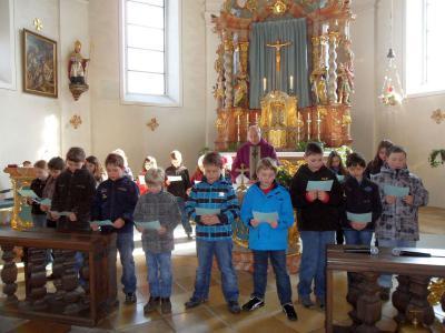 Foto zur Meldung: Erstkommunionkinder aus Prackenbach und Krailing stellten sich vor