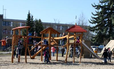 Foto zur Meldung: Einweihung Spielplatz