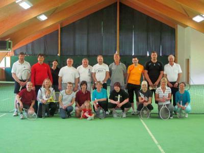 Foto zur Meldung: Tennus-Gaudi-Turnier beim Dorfverein