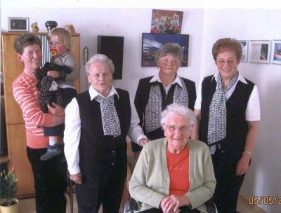 Foto zur Meldung: Zum 80. Geburtstag von Emma Kolbeck
