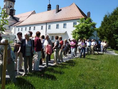 Foto zur Meldung: Die Senioren in Neukirchen beim HL. Blut