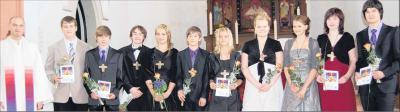 Foto zu Meldung: Segen in der Stadtkirche – zehn Jungerwachsene in Elbingerode feierlich konfirmiert