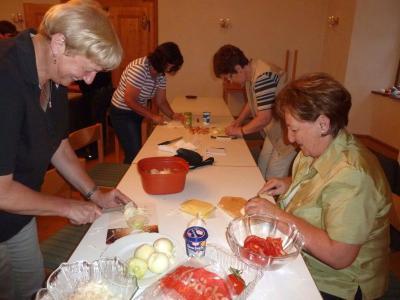 Foto zur Meldung: Beim Frauenbund standen Toastvariationen auf dem Programm