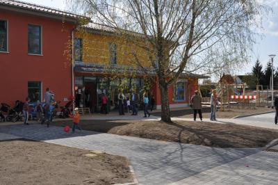 """Foto zu Meldung: Eröffnungsfeier unserer neuen DRK Kindertagesstätte """"Märchenland"""""""