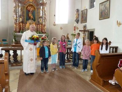 Foto zur Meldung: Abschied von Seelsorger und Religionslehrer