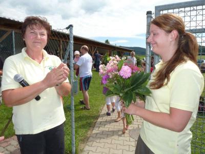 Foto zu Meldung: Riesen Erfolg für den Gartenbauverein und seinen Kaffeenachmittag
