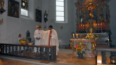 Foto zur Meldung: Kräuterbüschel-Weihe in den Pfarreien