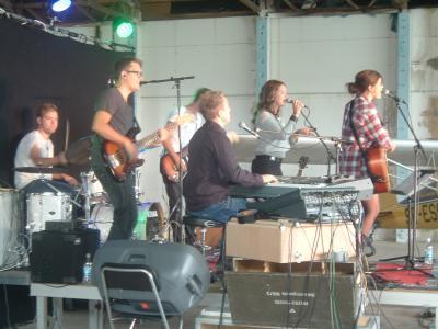 Foto zur Meldung: Konzert mit der schwedischen Sängerin Terese Fredenwall auf dem Flugplatz Zellendorf