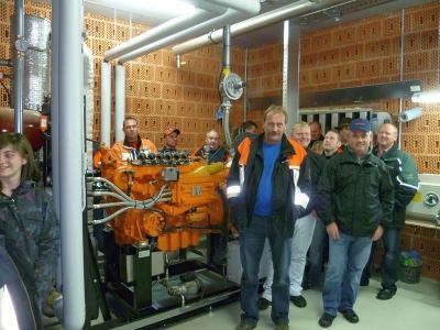 Foto zur Meldung: Objektbesichtigung in der Biogasanlage bei Michael Högerl