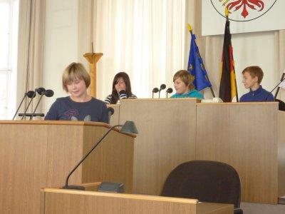"""Foto zur Meldung: Besuch im Landtag und bei """"Katjes"""""""