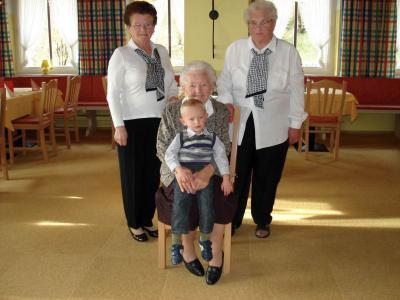 Foto zu Meldung: Maria Fraundorfner feierte 90. Geburtstag