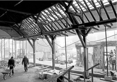 Foto zur Meldung: Ortsgemeinde: Umbau der Turnhalle in Burgschwalbach kommt sehr zügig voran