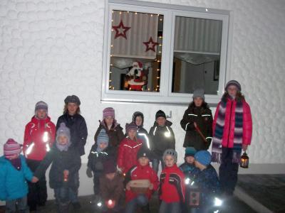 Foto zur Meldung: Auf dem Adventsweg zum Hl. Nikolaus unterwegs