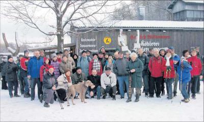 Foto zur Meldung: Vor Waldweihnacht an der Köhlerei auf zweistündiger Tour durch weißgepudertes Bodetal